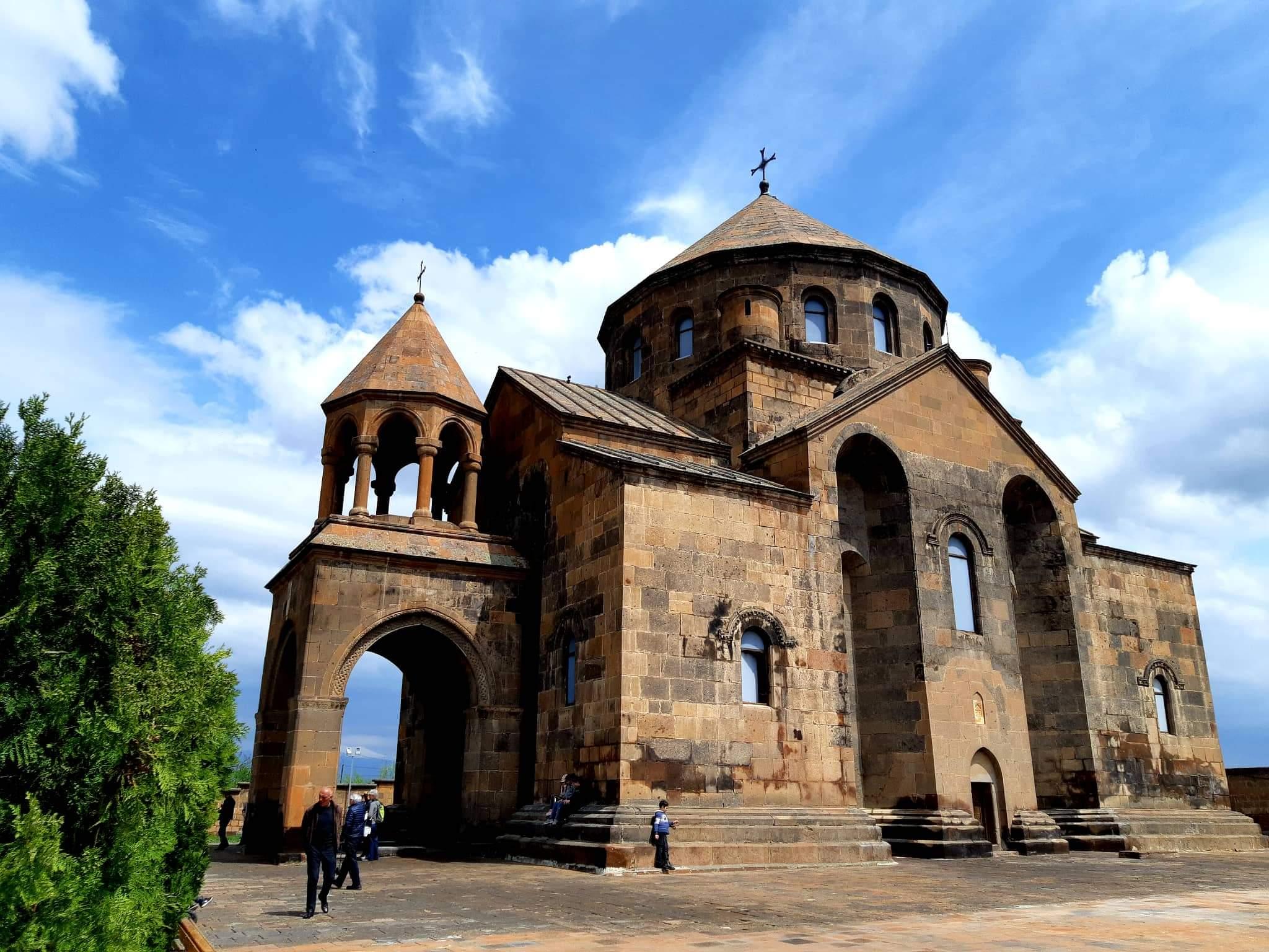 Հռիփսիմեի տաճար